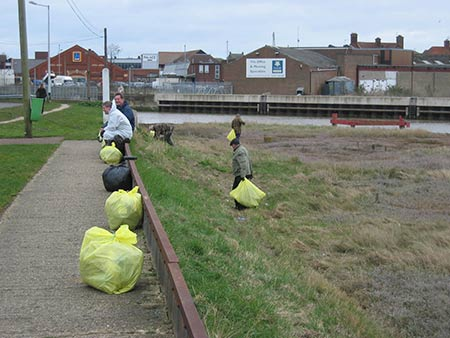 breydon clean up 2015 image 2